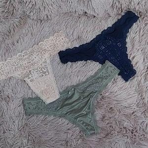 Victoria's Secret XS thong bundle